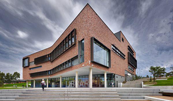 آجر نسوز نما در معماری